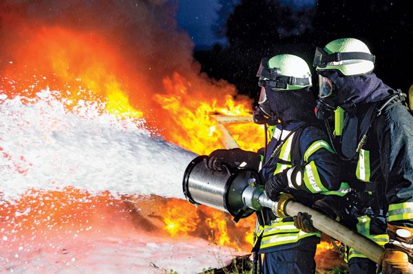 فوم آتش نشانی